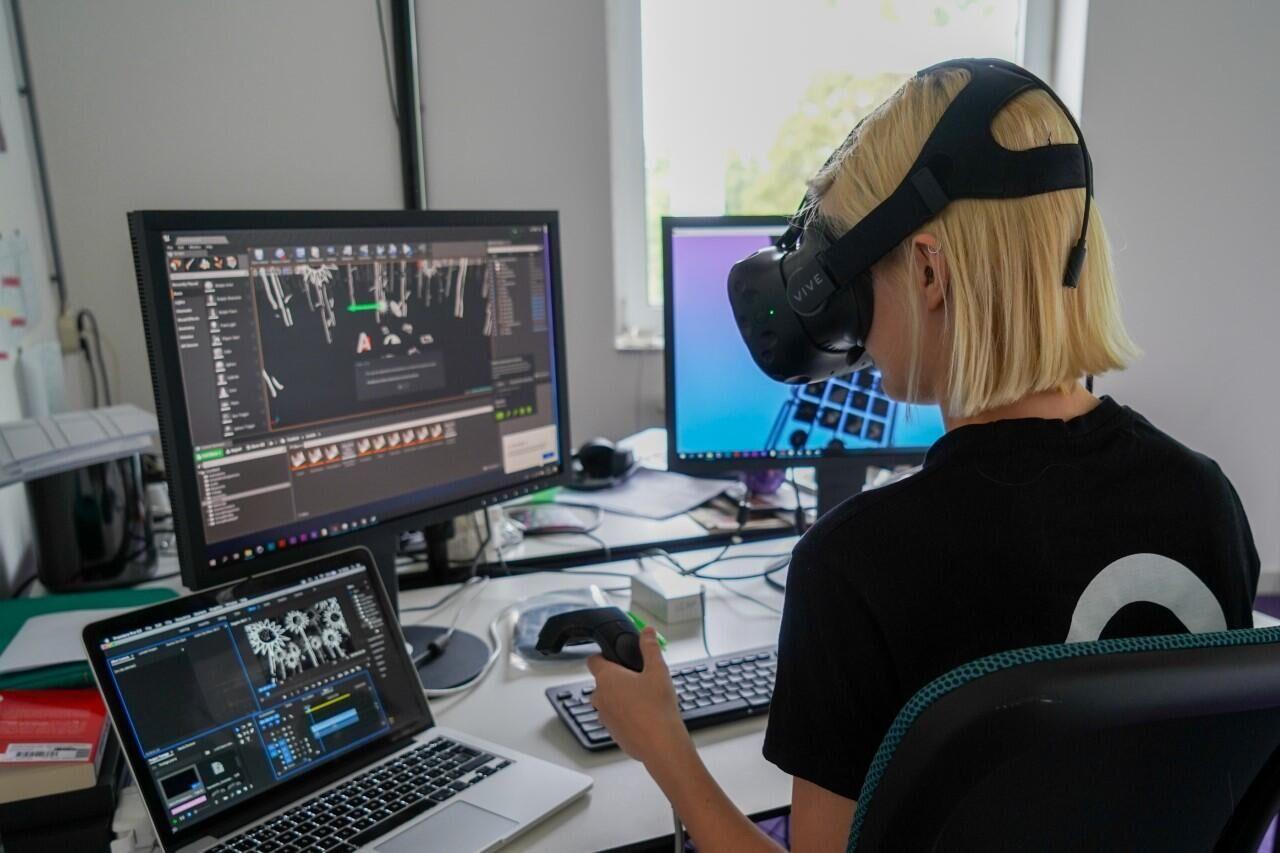 """Iris: """"Next speelt een grote rol in de ontwikkeling van mijn VR-projecten"""""""