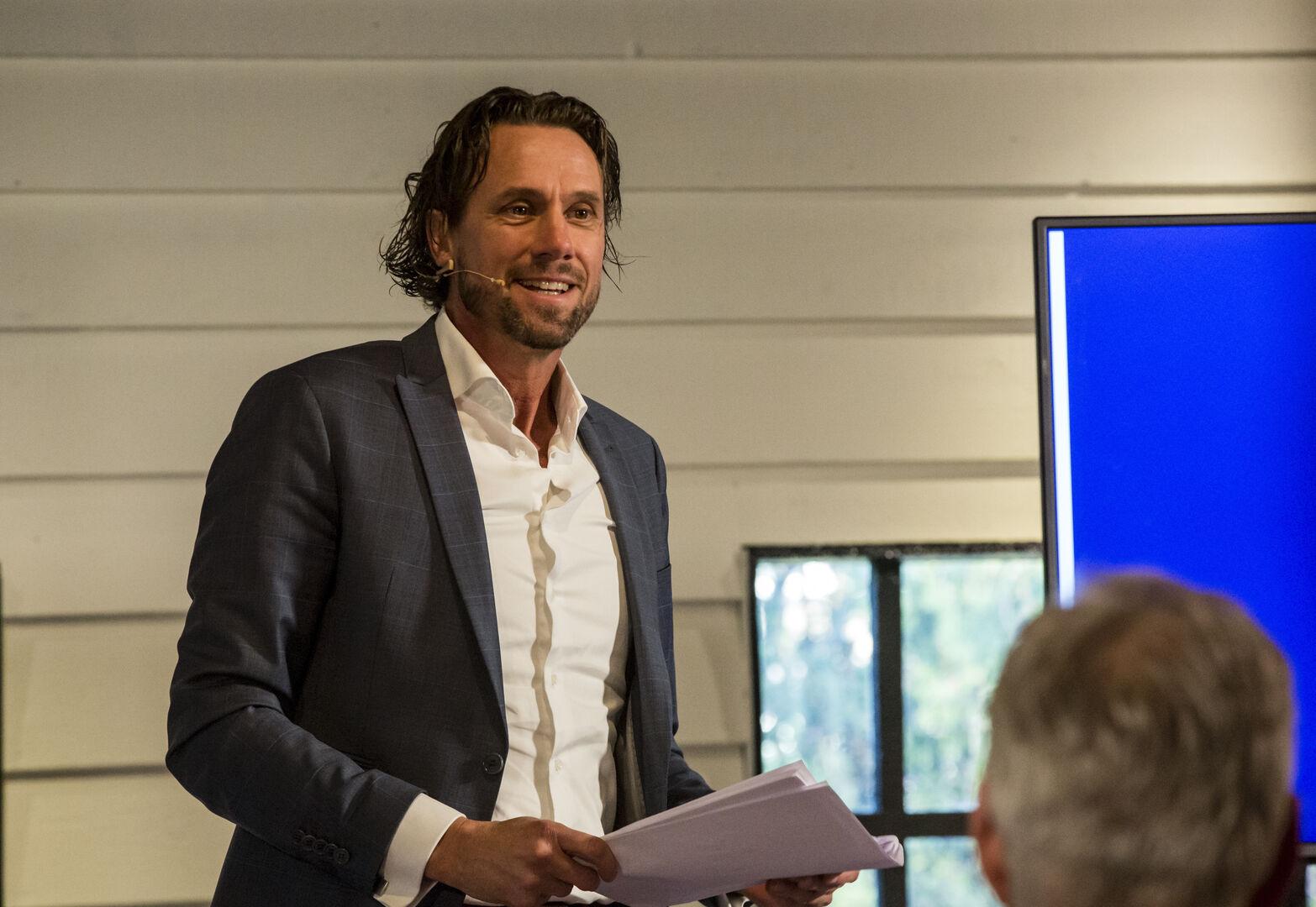 Mentor August Mertens over Design to Market